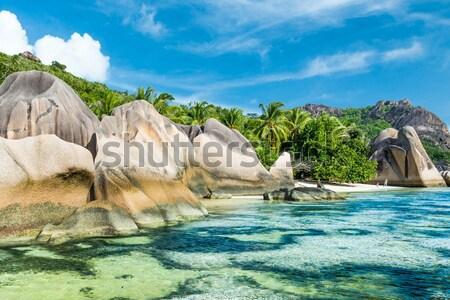 Spiaggia granito turchese mare cielo acqua Foto d'archivio © kubais