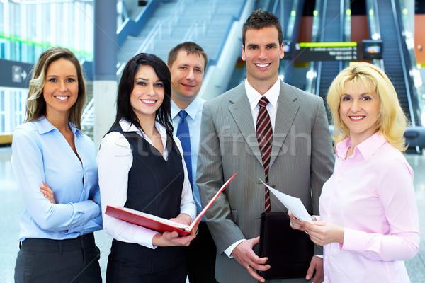 ビジネスチーム グループ ビジネスの方々  現代 ホール 会議 ストックフォト © Kurhan