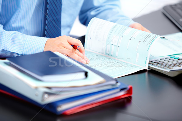 Comptable affaires homme d'affaires travail documents bureau Photo stock © Kurhan