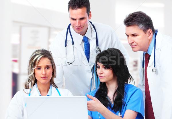 Medycznych lekarzy grupy szpitala działalności człowiek Zdjęcia stock © Kurhan