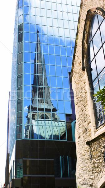Igreja edifício moderno reflexão velho escritório casa Foto stock © Kurhan