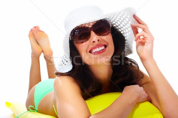 Donna indossare occhiali da sole Hat sorriso Foto d'archivio © Kurhan