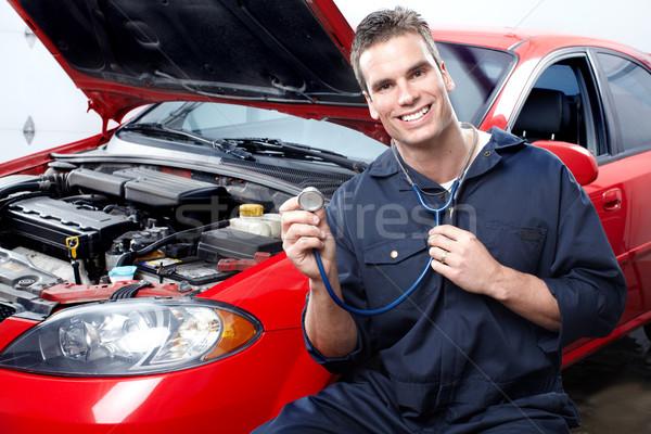 Foto stock: Mecánico · de · automóviles · guapo · mecánico · de · trabajo · auto · reparación