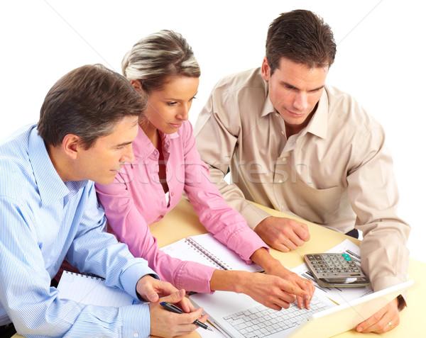 Stockfoto: Zakenlieden · team · glimlachend · werken · kantoor · laptop