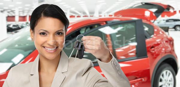Autókereskedő nő kulcs autó kereskedés bérlet Stock fotó © Kurhan