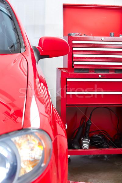 Auto ремонта красный автомобилей магазин рабочих Сток-фото © Kurhan