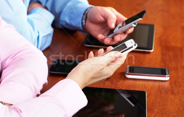 Pessoas de negócios grupo trabalhando laptop mãos pessoas que trabalham Foto stock © Kurhan