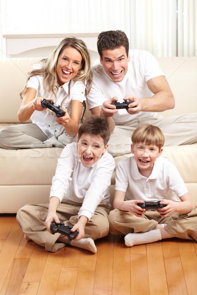 Stock foto: Glückliche · Familie · Vater · Mutter · Kinder · spielen · Videospiel