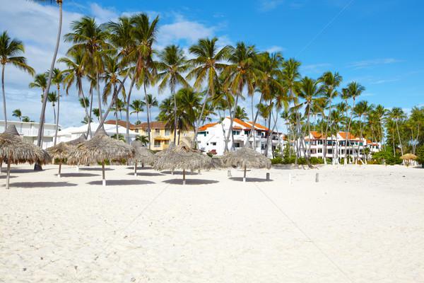 Praia tropical recorrer céu paisagem saúde Foto stock © Kurhan