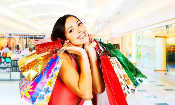 Winkelen vrouw jonge vrouw glimlachend meisje Stockfoto © Kurhan