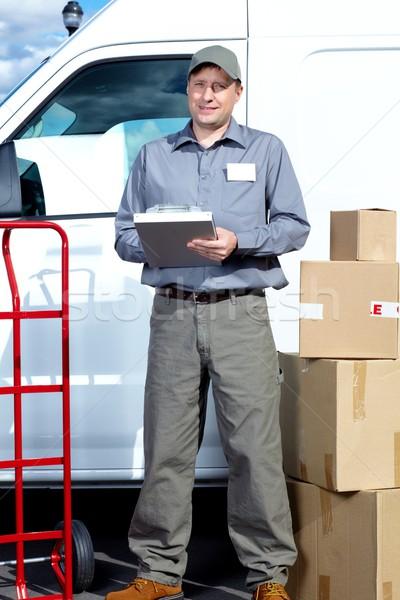 Carteiro pacote caixa entrega serviço carro Foto stock © Kurhan