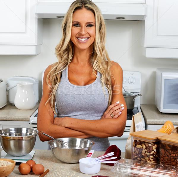 Stockfoto: Meisje · koken · glutenvrij · recept · jonge · vrouw · keuken