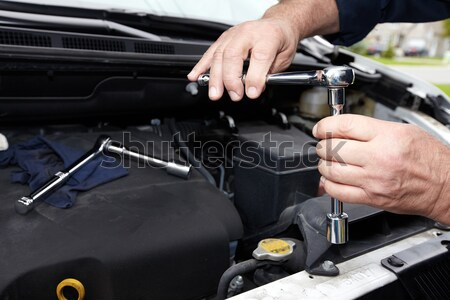 Auto mechanic. Stock photo © Kurhan
