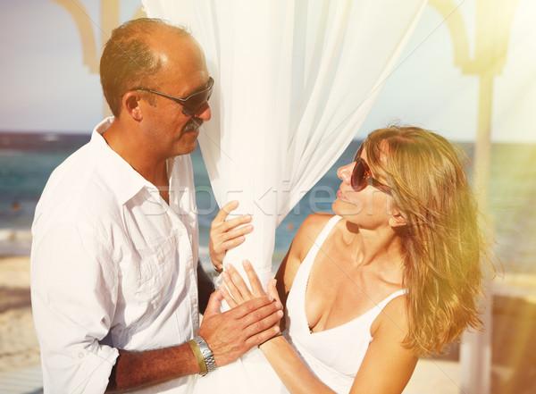 Amoroso casal praia casamento mulher amor Foto stock © Kurhan
