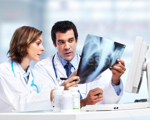Lekarzy zespołu xray radiologia działalności Zdjęcia stock © Kurhan