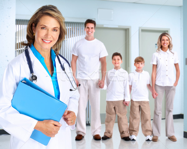 Stockfoto: Glimlachend · medische · arts · vrouw · familie · stethoscoop