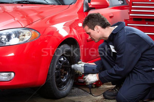 Tire changing Stock photo © Kurhan