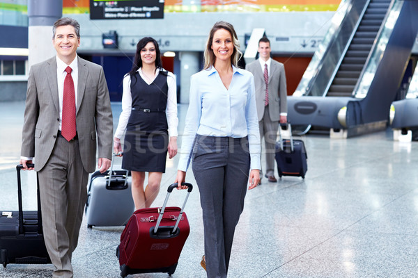 Photo stock: Groupe · gens · d'affaires · aéroport · homme · d'affaires · internationaux · bâtiment