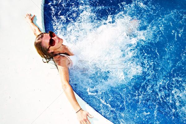 женщину расслабляющая джакузи красивая девушка Летние каникулы воды Сток-фото © Kurhan