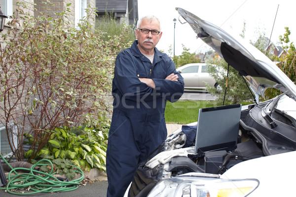 Auto monteur motor auto reparatie dienst Stockfoto © Kurhan
