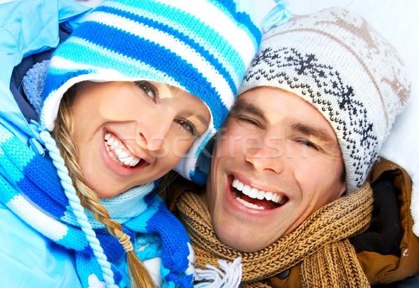 Paar jonge gelukkig glimlachend liefde winter Stockfoto © Kurhan