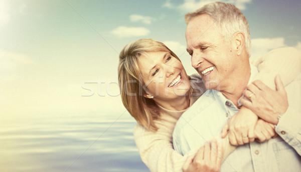 Idős emberek égbolt kettő kopott mosolyog emberek Stock fotó © Kurhan