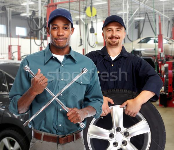ストックフォト: タイヤ · レンチ · ガレージ · 自動車修理 · サービス