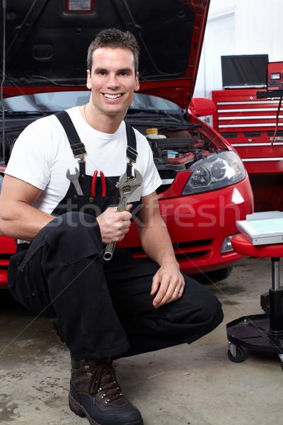 Mecânico de automóveis chave inglesa serviço trabalhar homens Foto stock © Kurhan