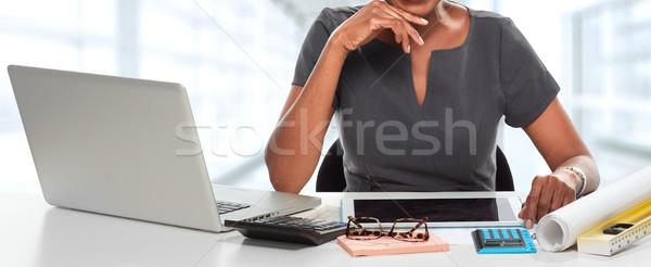 Affaires bureau mains noir femme d'affaires travail Photo stock © Kurhan
