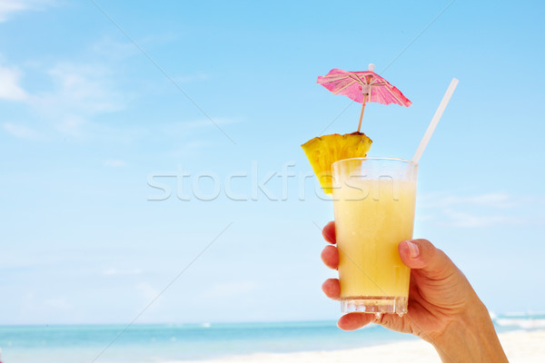 Mulher praia feliz bela mulher férias céu Foto stock © Kurhan