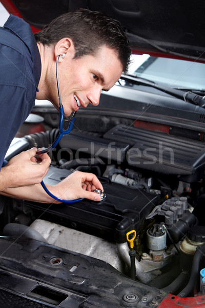 Auto mechanic Stock photo © Kurhan