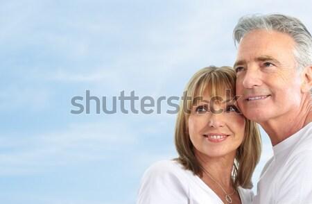 Zdjęcia stock: Para · szczęśliwy · uśmiechnięty · starszych · Błękitne · niebo