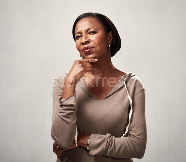 Gondolkodik afrikai nő afroamerikai megoldás szürke Stock fotó © Kurhan