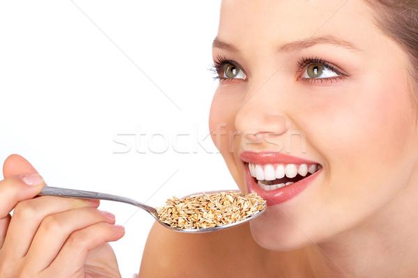 Gezonde voeding mooie vrouw gezond eten voedsel geïsoleerd Stockfoto © Kurhan