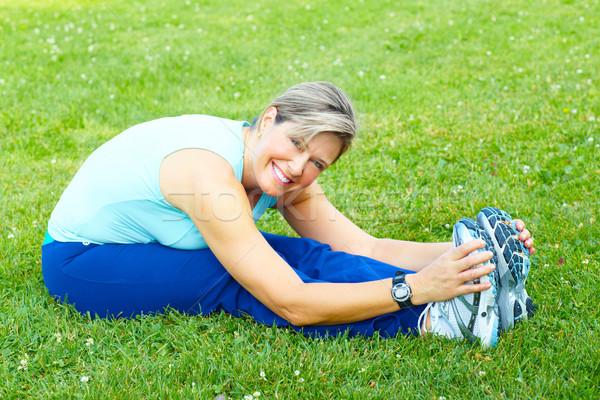 Fitnessz egészséges életmód idős nő testmozgás park Stock fotó © Kurhan