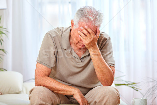 Depresso vecchio anziani infelice uomo ritratto Foto d'archivio © Kurhan