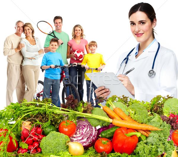 Arts voedingsdeskundige familie groenten gezonde voeding voeding Stockfoto © Kurhan