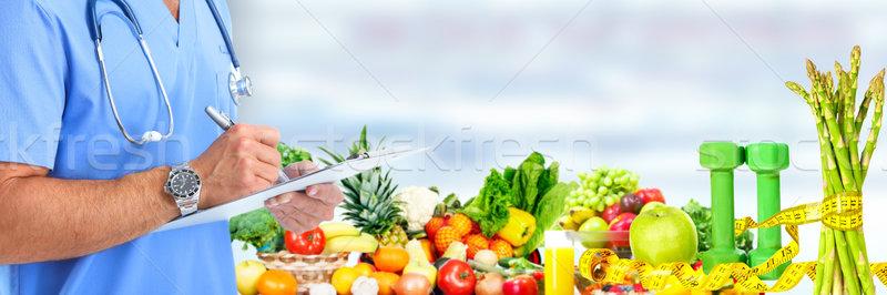 рук медицинской врач плодов овощей человека Сток-фото © Kurhan