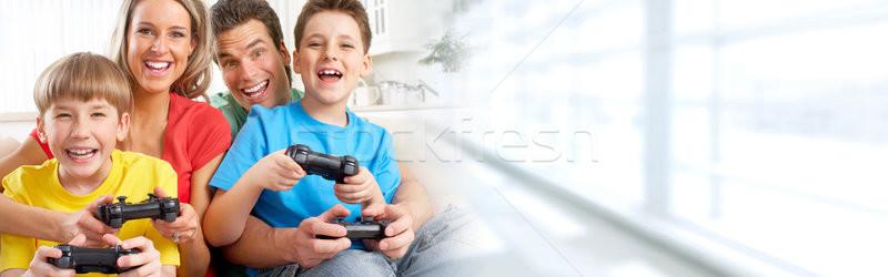 семьи играет видеоигра счастливая семья детей онлайн Сток-фото © Kurhan