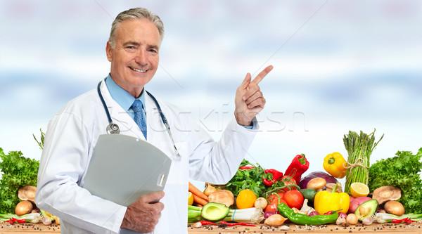 Arts voedingsdeskundige groenten voedsel Blauw medische Stockfoto © Kurhan