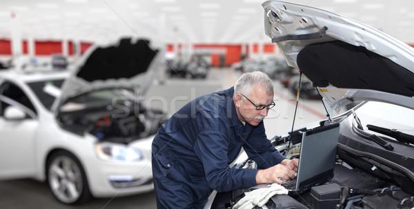 Coche mecánico motor auto reparación servicio Foto stock © Kurhan