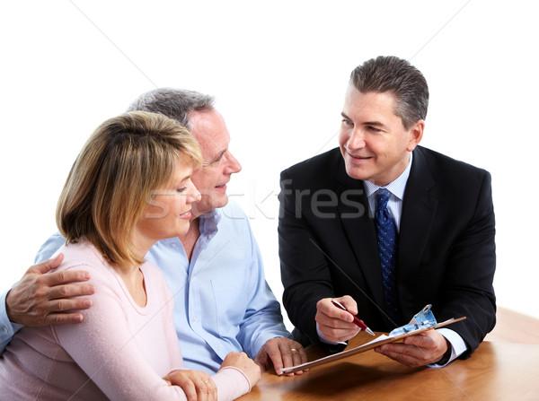 Foto stock: Casal · de · idosos · financeiro · isolado · branco · casal