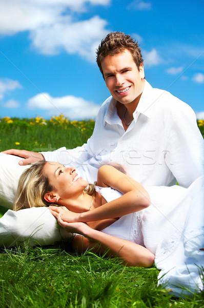 Foto stock: Casal · jovem · amor · sorridente · blue · sky · mulher