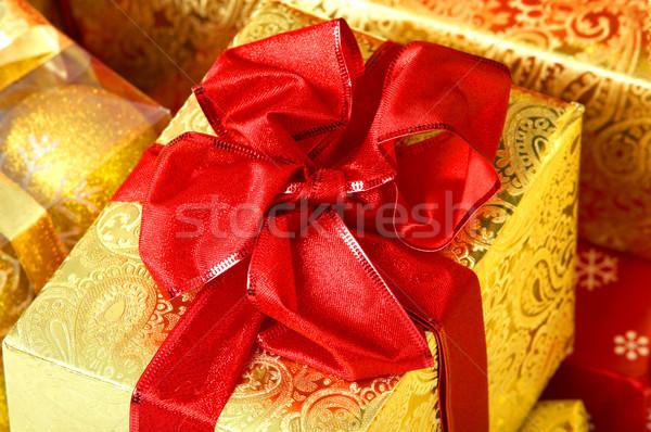 Weihnachten präsentiert Geschenke Hintergrund Feld weiß Stock foto © Kurhan