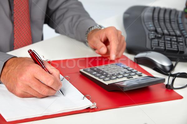 Manos contador hombre hombre de negocios calculadora contabilidad Foto stock © Kurhan