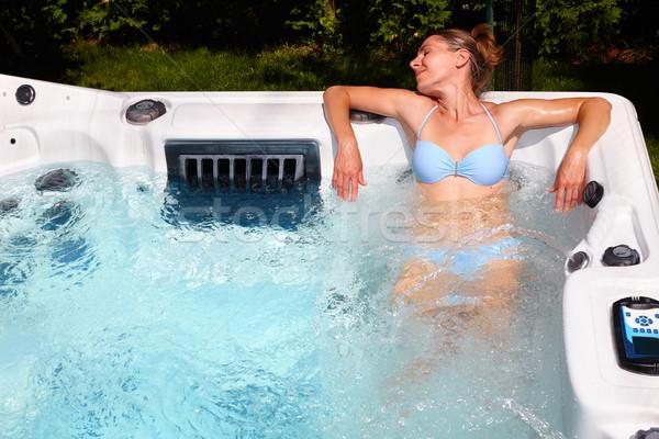 ストックフォト: 美人 · リラックス · 温水浴槽 · 小さな · 健康 · 美