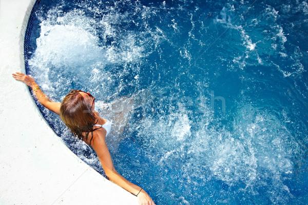 Mulher relaxante jacuzzi beautiful girl férias de verão água Foto stock © Kurhan