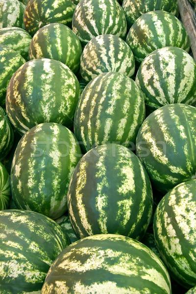 Organisch rijp watermeloen hoop straat markt Stockfoto © Kuzeytac
