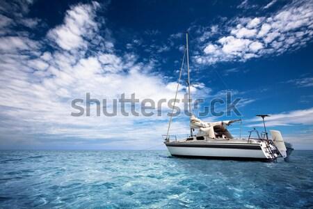 Tropische jacht kristal water wolken Stockfoto © kwest