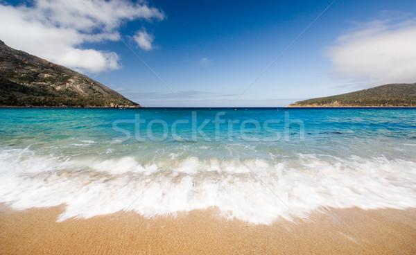 Borospohár gyönyörű tengerpart Tazmánia Ausztrália égbolt Stock fotó © kwest
